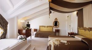 Почивка в ИТАЛИЯ – РИМИНИ – ПЕЗАРО, МАРКЕ в хотел M Glamour 4* – Специална ваканционна програма за туристи над 55 години & приятели!