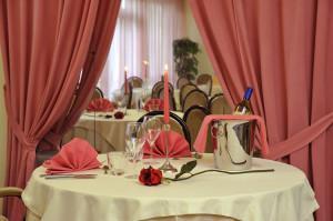 Почивка в ИТАЛИЯ – РИМИНИ, хотел Vittoria 4* – със самолет и обслужване на български език! Гарантирани места!