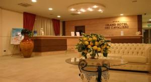 Почивка в ИТАЛИЯ – ПУЛИЯ, хотел Grand Hotel dei Cavalieri 4* със самолет и обслужване на български език! Гарантирани места!